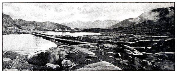Col et Lac du Saint-Gothard