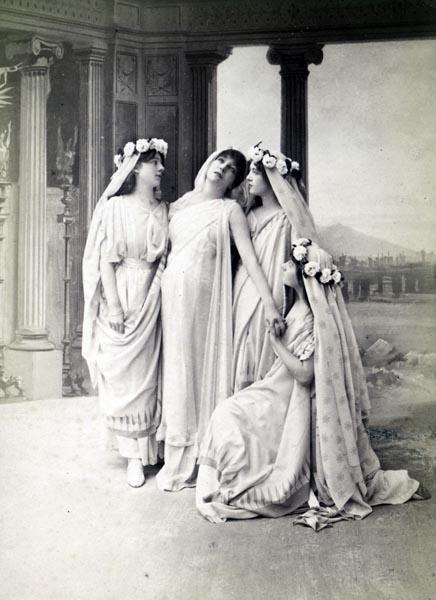 Sarah Bernhardt as Phèdre in Racine's Phaedra