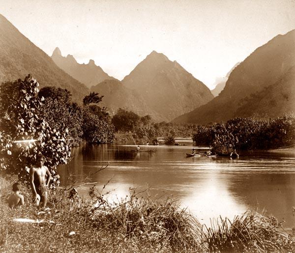 Tahiti. Rivière de Taubira (Presquîle de Taïarapu)