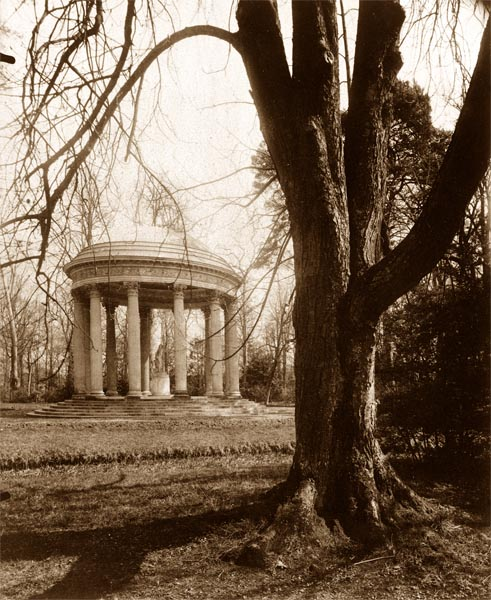 The Temple of Love, Petit Trianon (1902)